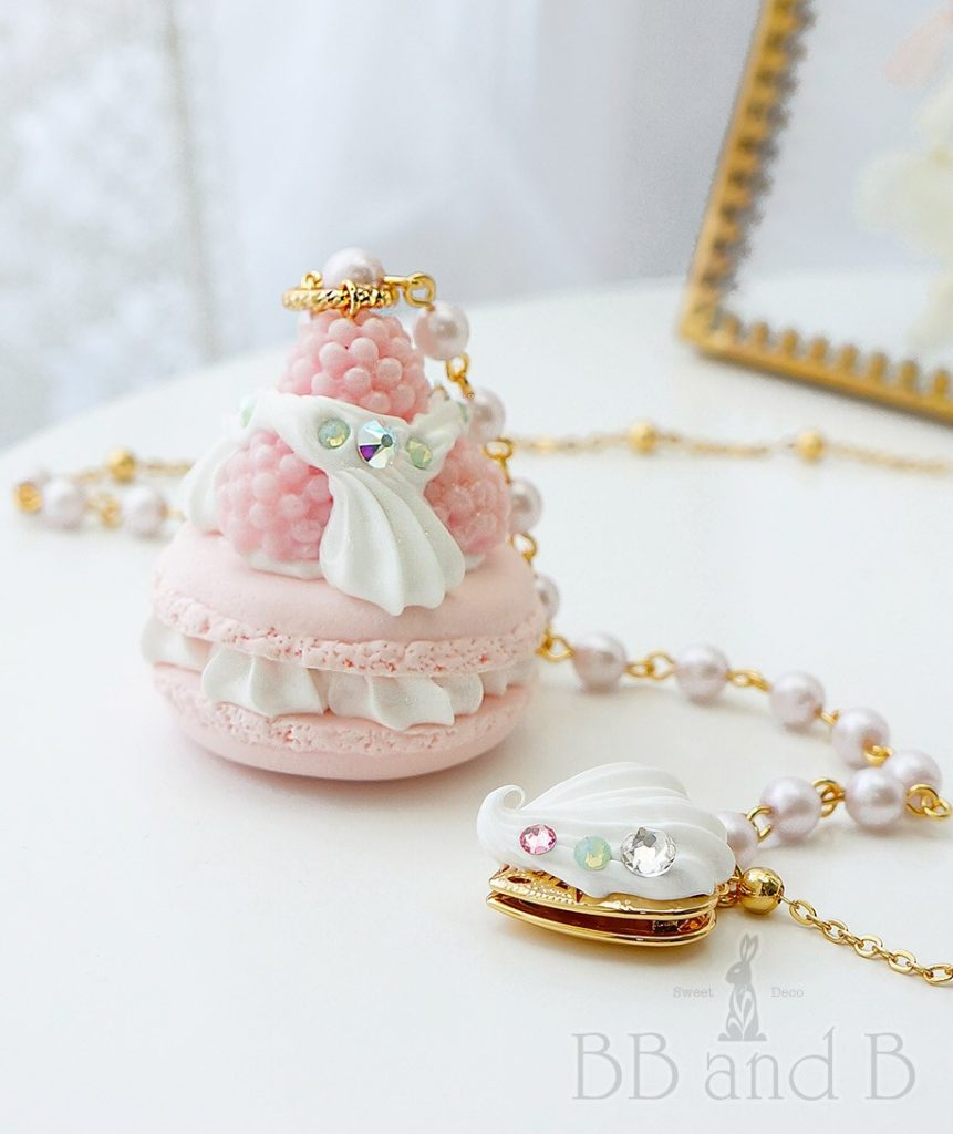 Madame Marie Necklace with 18kt Gold Locket in Pastel Pink