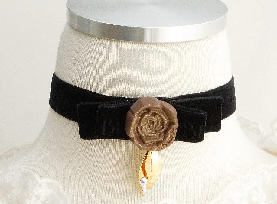 Rose Chocolate Black Velvet Choker