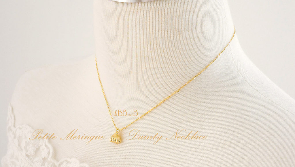 Petite Meringue Dainty Necklace