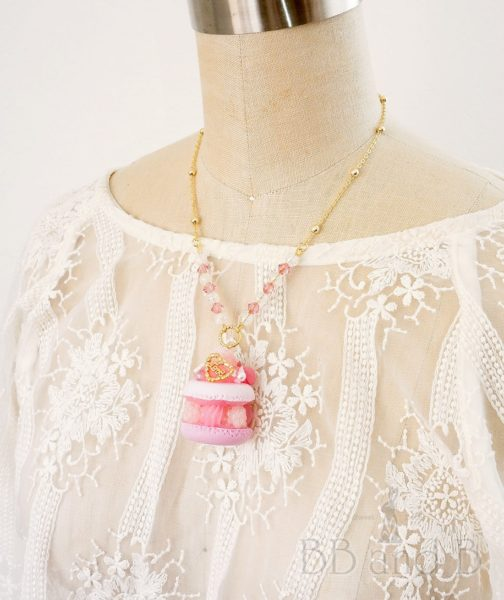 Pretty in Pink Short Necklace