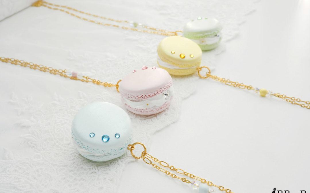 Pearlescent Rococo Macaron Necklaces